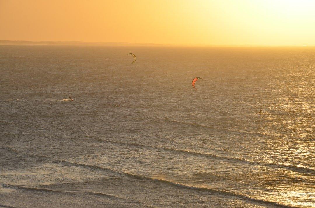 Simone-kitesurf-Brésil-coucher de soleil
