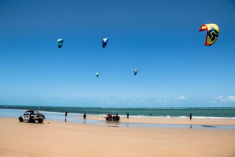Mat-in Brazil-downwind-beach