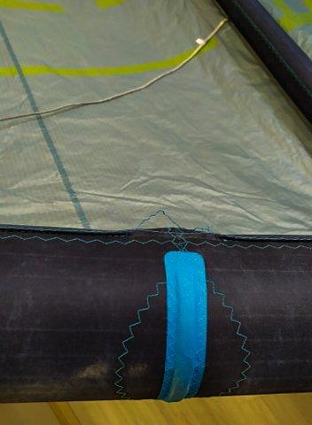 Acheter kite d'occasion-couture endommagé bord d'attaque