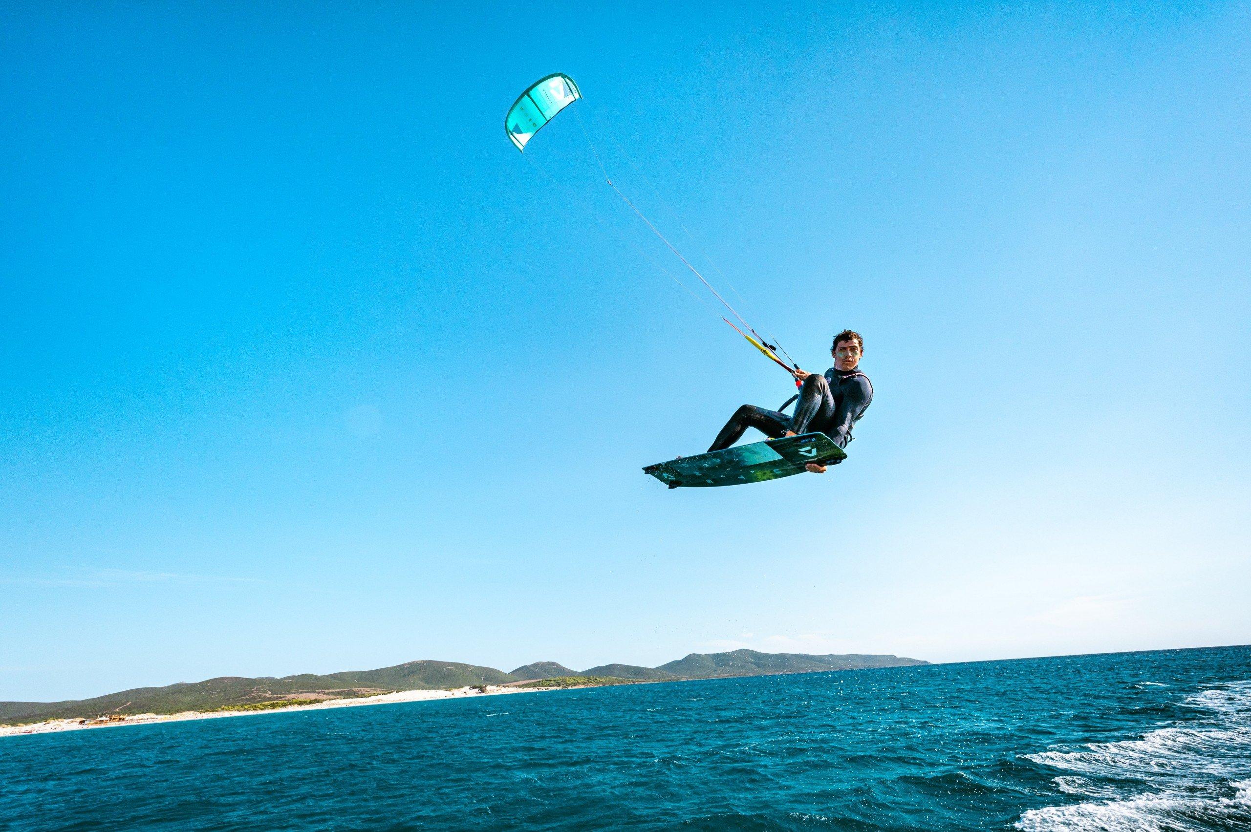 Simone-Timpano-istruttore-kitesurf-decollagio-espiguette