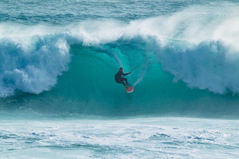 Alex-Caizergues-kite-onda